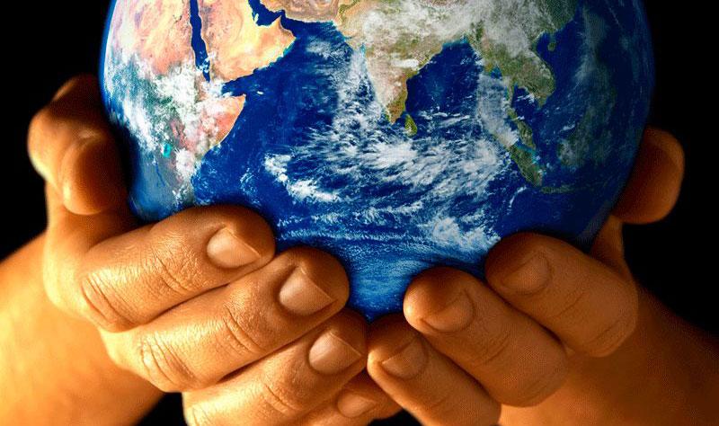 10-Alasan-Anda-Harus-Memiliki-Website-pengunjung-global